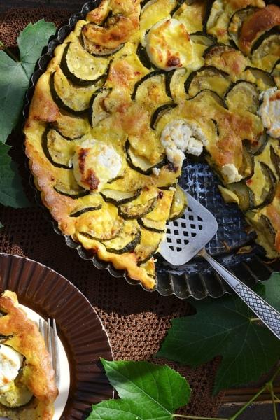 Zucchini and goat cheese tart recipe