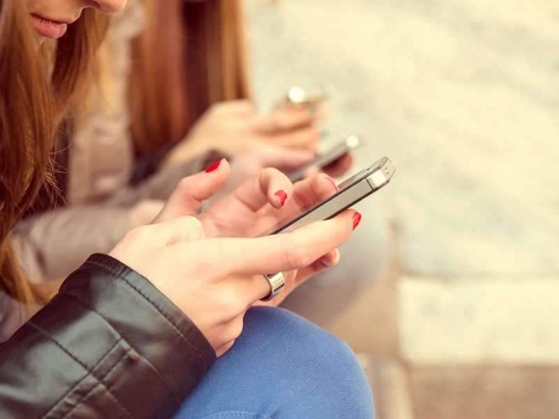 Quel téléphone portable pour votre ado ?