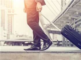 7 tips to easily land a job abroad