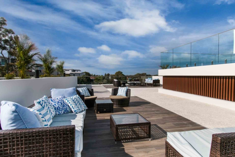The flat roof: an extension of his home