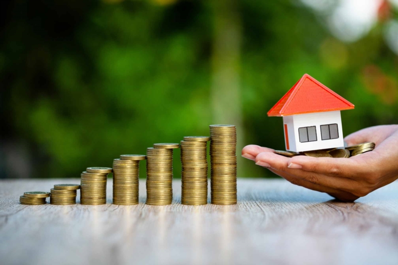 Saving to buy a home: is it always the priority?