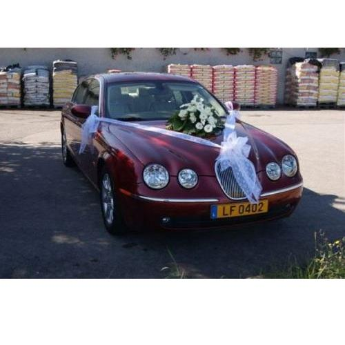 Décoration des voitures pour les mariages