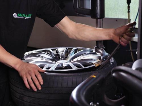 Montage de pneus