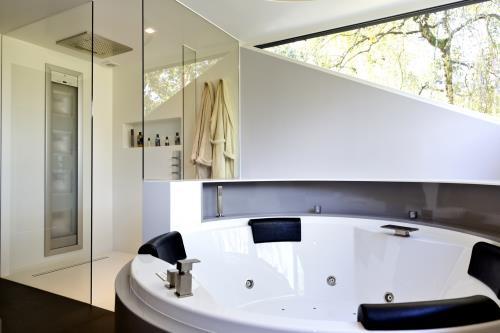 Salle de bain complète en corian