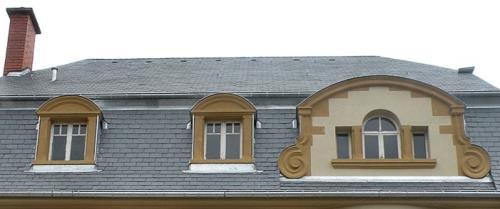 Fenêtre et lucarne