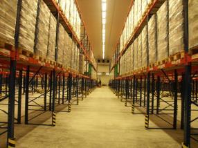 Negative cold warehouse of a logistics center