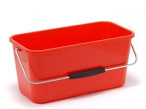 Seau rectangulaire rouge en plastique pour lavage des vitres