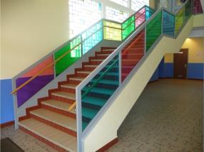 Escalier vitrage colorés