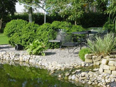 Jardins de luxembourg baumschule garten editus for Entretien jardin luxembourg