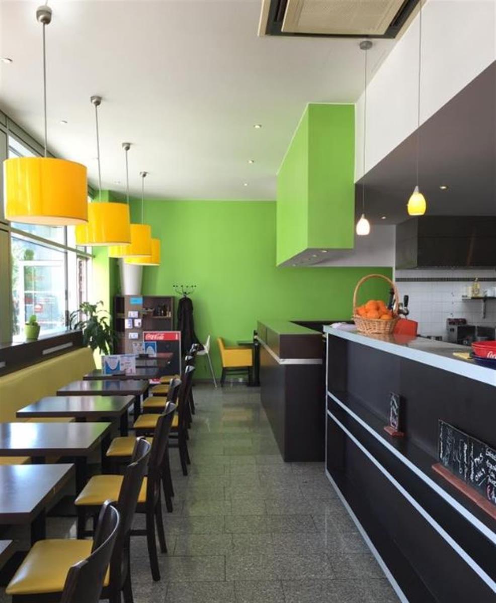 Caf tribu restaurant cuisine portugaise editus for Cdc luxembourg